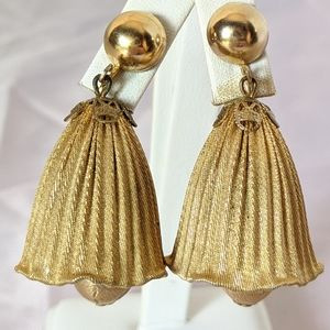 Large Vintage Gold Bell Flower Clip Earrings